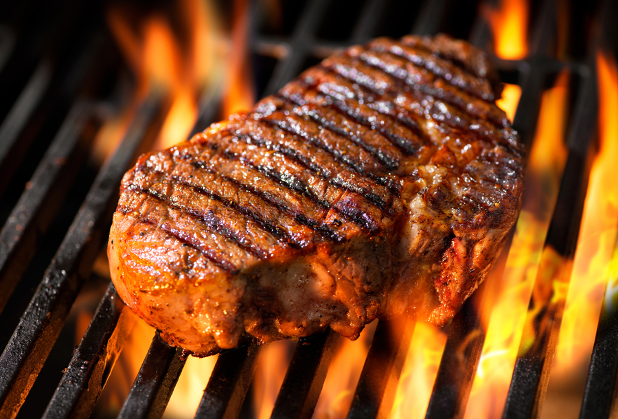 5 Tips to Cooking the Perfect Steak from Chorizo de San Manuel!