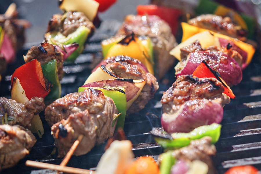 How to Grill Prime Beef Kebobs in 6 Easy Steps!